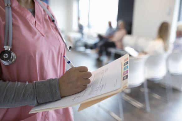 5 Reasons To Choose a Career in Nursing